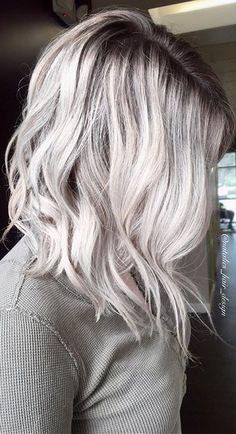 Esté si que me gustó 👏! Blonde Hair Images, Ash Blonde Hair, Platinum Blonde Hair, Gorgeous Hair, Pretty Hair, Beautiful, Charcoal Hair, Gray Balayage, Entertainment Center Makeover