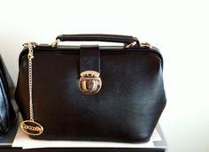 Black Classic bag, Coccolily Jacqueline bag,  Vintage black bag. Handbags, Genuine Italian leather.
