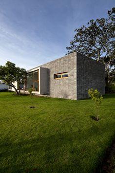 Casa 2V / Diez + Muller Arquitectos (15)