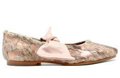 Palesa Flat In Nguni Rose / Champagne Bow South African Names, Facebook Style, Rose Champagne, Full Skirts, African Design, Vegetable Tanned Leather, Cowhide Leather, Your Shoes