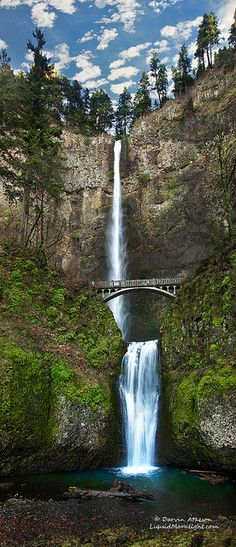 Multnomah Falls - Columbia River Gorge (Panoroma) by Darvin Atkeson, via Flickr