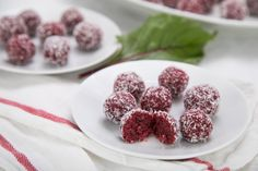 Kuličky z červené řepy Raw Cake, Raw Vegan, Kids Meals, Raspberry, Food And Drink, Paleo, Treats, Fruit, Sweet Like Candy