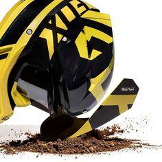 Meneekö sinulla kypärän lippoja rikki tuon tuosta? FOX:n MVRS-lipalla varustettu kypärä voisi olla hyvä vaihtoehto sinulle. Lippa kiinnittyy magneeteilla kypärään ja irtoaa iskusta rikkomatta kiinnikkeitä #foxmvrs #foxracing #madeformotocross #repost #motocross #kypärä