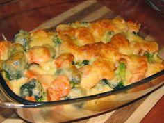 Qchenne Kaprysy: Zapiekanka - kurczak w brokułach i marchewce Snack Recipes, Dinner Recipes, Snacks, Brunch, Going Vegetarian, Bon Appetit, Macaroni And Cheese, Chicken Recipes, Food Porn
