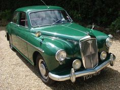 1956 Wolseley 15/50 Why are there no green cars sold in America? Why are all the modern paint jobs so ugly? I will never buy a metallic flake anything.