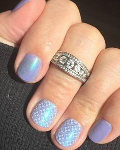 Where are my #polislovers #nailpolish addicts at ladies I'm dying here look at this gorgeousness!!!! #jukeboxjn topped with our #chiffonjn makes it this #opalescentmanicure #metallicmanicure love this look by fellow #jamgirl Lisa Dausman wow girl you got it!