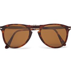 <a href='http://www.mrporter.com/Shop/Designers/Persol'>Persol</a>'s '714' sunglasses have had an enviable following since Mr Steve McQueen wore the style in <i>The Thomas Crown Affair</i>. One of the storied brand's most iconic designs, this foldable tortoiseshell pair is easy to transport and effortlessly cool.