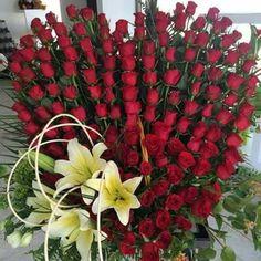 Rose Rise, Corporate Flowers, Rose Arrangements, Sisters, Birds, Fruit, Awesome, Garden, Plants