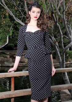 MALONIA FITTED DRESS | BLACK WITH GREY DOT