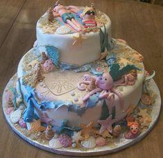 Graduation beach themed cake.