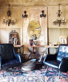 i adore the walls and chandeliers  #home #decor