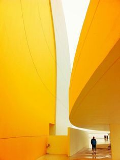 yellow in (interior) architecture /