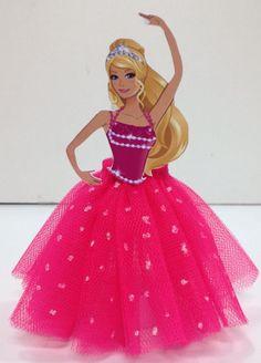 Lembrancinha da barbie: 80 modelos e dicas especiais para se inspirar! Confira. - Festas.Biz! Barbie Party Decorations, Barbie Theme Party, Barbie Birthday Party, Themed Birthday Cakes, Mermaid Birthday, Bolo Barbie, Barbie Cake, Barbie Dress, Princess Charm School