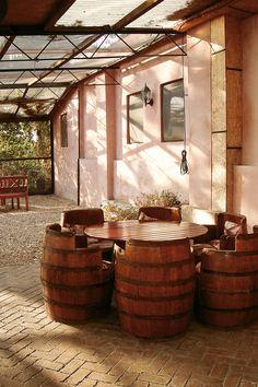 Clos de Colombes Romania, Porches, Places To Go, Relax, Gardens, Paris, Travel, Front Porches, Montmartre Paris