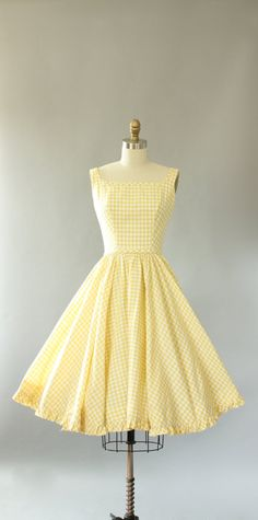 Vintage Lanz light yellow gingham print cotton sundress with AMAZING low bac. - - Vintage Lanz light yellow gingham print cotton sundress with AMAZING low back. Matching waist tie is attached and secures in back. Full 2019 New C. Vintage 1950s Dresses, Retro Dress, Vintage Outfits, Vintage Clothing, Yellow Vintage Dresses, Retro Outfits, 50s Clothing, Rock Clothing, Vintage Wear