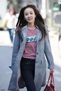 Goregous Dara fashion (check out my 2NE1 fashion)