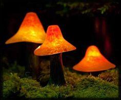 Trio Mushroom Garden Light Set