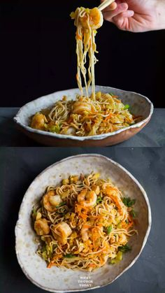 Make this easy low carb shirataki noodles stir fry with veggies and shrimp. You need this miracle noodle stir fry in your life! Make this easy low carb shirataki noodles stir fry with veggies and shrimp. You need this miracle noodle stir fry in your life! Healthy Noodle Recipes, Asian Noodle Recipes, Shrimp Recipes Easy, Seafood Recipes, Asian Recipes, Dinner Recipes, Cooking Recipes, Miracle Noodle Recipes, Shrimp Noodles