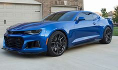 I truly am keen on this colouring scheme for this chevy camaro 1967 Chevrolet Camaro Zl1 2017, Chevy Camaro, Chevrolet Silverado, New Sports Cars, Super Sport Cars, Super Cars, Blue Camaro, Small Luxury Cars, Volkswagen Polo