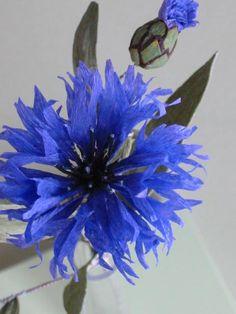 Cornflower paper flower | Jude Miller Paper Flower Art, Crepe Paper Flowers, Paper Flower Tutorial, Paper Roses, Flower Crafts, Fake Flowers, Diy Flowers, Paper Artwork, Handmade Flowers