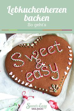 Sweet hearts are not only at the Oktoberfest: With Enie's recipe you can easily make a gingerbre Halloween Cookie Recipes, Halloween Cookies, Christmas Cookies, Icing Recipe, Sugar Cookies Recipe, Cookies Roses, Cake Recipes, Dessert Recipes, Desserts