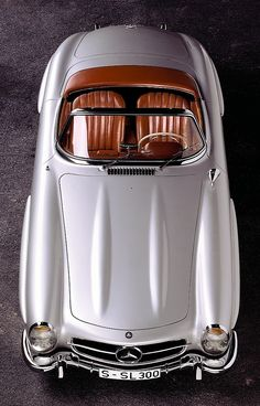 Mercedes-Benz 300SL Roadster, open top sister to the Gullwing coupe (1956)