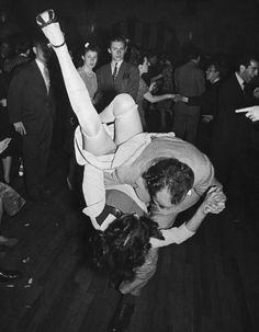 Daring moves on the dance floor, c1940 (FPG/Hulton Archive/Getty Images)