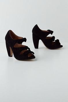 Converged Bow Peep-Toes in Black