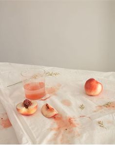 Pin by sydney on peachy peach aesthetic, peach, pink aesthetic. Home Bild, Comida Para Baby Shower, Pink Dye, Pink Color, Peach Aesthetic, Rainbow Aesthetic, Aesthetic Colors, Summer Aesthetic, Aesthetic Photo