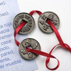 El poder de las piedras preciosas: Las monedas chinas Feng Shui Wealth, Washer Necklace, Jewelry, Tarot, Relax, Magic, Inspirational, Yoga, Frases