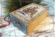 Decoupage Box, Exploding Boxes, Altered Boxes, Country Christmas, Wooden Boxes, Painting On Wood, Cool Words, Decorative Boxes, Childhood