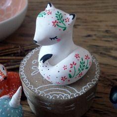 "Totem de poche ""ma louve"" omamawolf figurine en porcelaine froide"