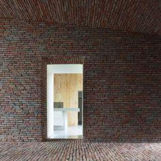 The Rabbit Hole Wienerberger Brick Award 2012 - Single-Family HouseGaasbeek / Belgio / 2010 by LENS°ASS Architecten