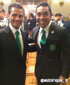 Con el Presidente de la República Mexicana, Enrique Peña Nieto.