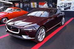 http://upload.wikimedia.org/wikipedia/commons/e/eb/Festival_automobile_international_2012_-_Bertone_Jaguar_B99_-_002.jpg