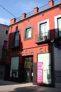 Farmacia Cid, C/. Sant Joan, 33 (zona Centre #Benicarló), oberta al públic desenvolupant la seva tasca assistencial i professional.  #apropteu #establimentrecomanat #salut