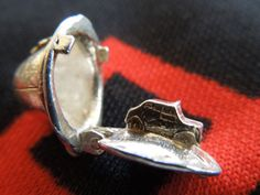 Opening Magicians Top Hat And Rabbit Sterling Silver Vintage Bracelet Charm 2.5g