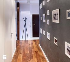 ORZECHOWY BRĄZ Hol / Przedpokój - zdjęcie od Ludwinowska Studio Architektury