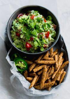 The Ultimate Skinny Guacamole - Broma Bakery Mashed Avocado, Ripe Avocado, Pastas Recipes, Dinner Recipes, Snap Pea Crisps, Smoothies, Broma Bakery, Quick Stir Fry, Dining