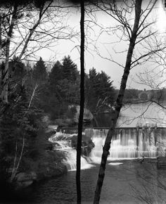 Glen Loch Dam in Irvine Park. Exact year unknown. Between 1889-1916 according to collector. Courtesy of the Wisconsin Historical Society.
