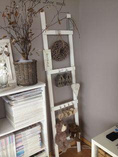 Hoe leuk zijn deze decoratieladders? Een geweldige sfeermaker voor elke woonruimte. #lovely