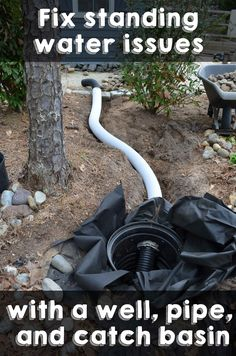 Fix standing water issues with a well, pipe, and catch basin Beheben Sie Probleme mit stehendem Wass Backyard Drainage, Landscape Drainage, Backyard Landscaping, Backyard Ideas, Drainage Solutions, Water Solutions, Drainage Ideas, Yard Drainage System, Gutter Drainage