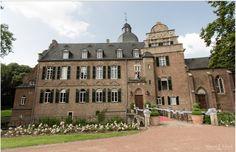 """Unsere Location Burg Bergerhausen für die Hochzeitsmesse """"Tatsächlich Liebe"""""""
