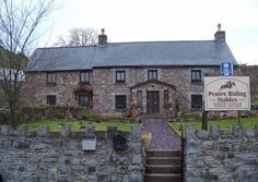 Pentre Stables, Pen-y-Cae, Powys, Swansea, Wales. Bed and Breakfast. Holiday. Travel. Accommodation. Relax. Getaway. Family. Outdoors. Active Breaks. Horseriding. Pony trekking.