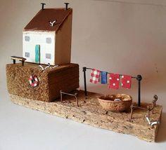 Handgemacht  Alte Fischer-Miniatur-Häuser  Unterbau: 24 x 7cm