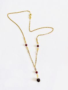Real Gold Jewelry, Pearl Jewelry, Vintage Jewelry, Vintage Necklaces, January Birthstone Necklace, Thing 1, Chain Links, Garnet Gemstone, Cross Pendant