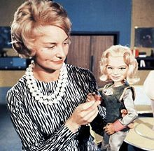 Sylvia Anderson - - Lady Penelope of International Rescue; TV and film producer, writer, actress, costume designer Gi Joe, Science Fiction, Nostalgia, Thunderbirds Are Go, Star Trek Original Series, Vintage Television, Classic Tv, Celebs, Celebrities