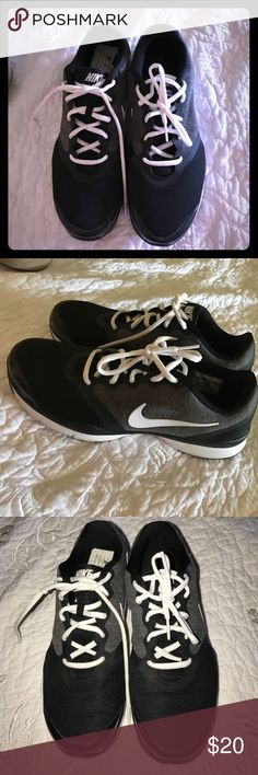Nike Training Trainers Black Nike Trainers purchased open box from footlocker in 2014. These have the Nike comfort footbed. My daughter thought they were too narrow for her. Nike Shoes Athletic Shoes