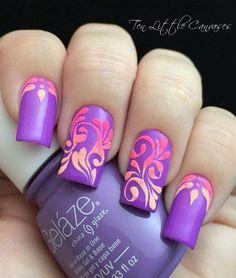 #NailArt #purplenails #CharlotteLook