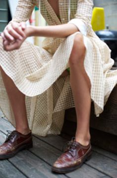 . (flowy dress, neutrals, oxfords)